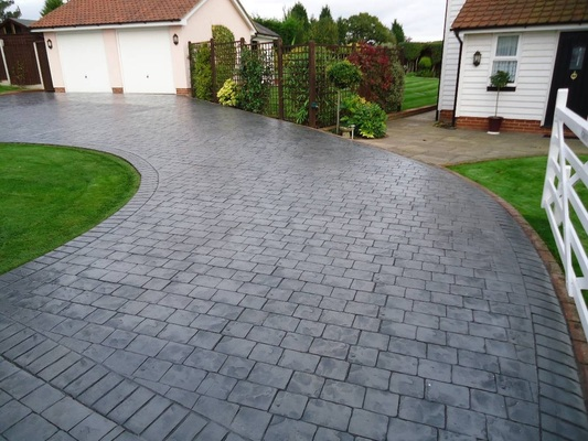 Pattern Imprinted Concrete Driveways Located in Dublin, Kildare, Meath.